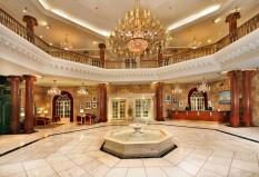 05 Manor Lobby