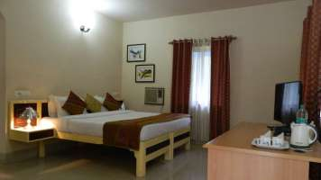 Deluxe_Cottage_at_Fantasy_Golf_Resort_Bangalore_i4apso