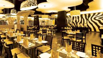 dining_2_wonderla_resorts_bangalore_amndwr