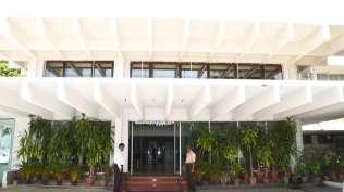 Entrance_Hotel_Chalukya_Bangalore_jhdovu