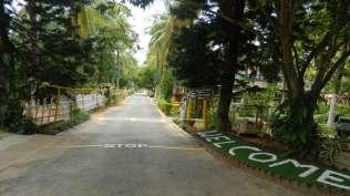 Entrance_to_Fantasy_Golf_Resort_Bangalore_Resort_g0gywp