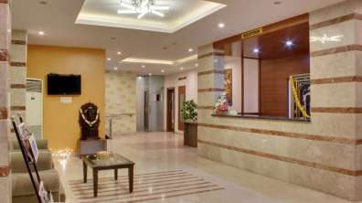 Reception_Hotel_Sanman_Gardenia_Bangalore_yxgrgp
