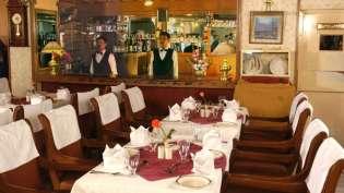 Restaurant_Hotel_Chalukya_Bangalore_2_htzehg
