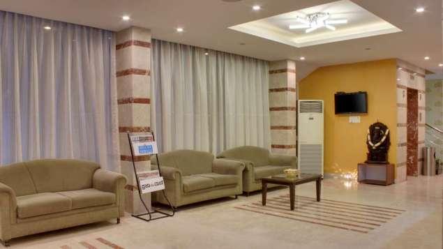 Waiting_Lounge_Hotel_Sanman_Gardenia_Bangalore_suxkbq